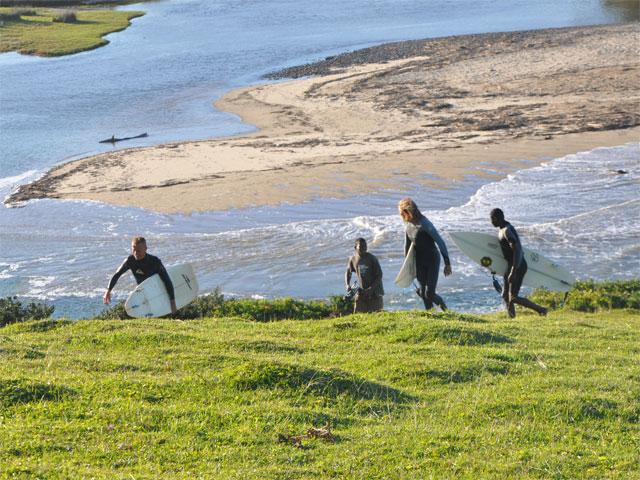 Marhenene Boys surfing & styling in 2011!